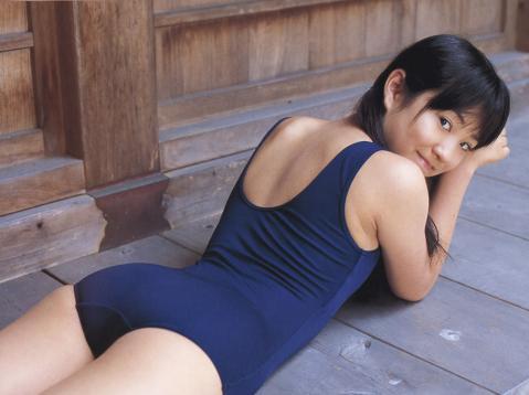 mai_yoshida030.jpg