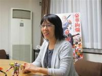 """【特撮】平成ライダーの""""母""""が新たな勝負! フルーツモチーフの鎧武で「ライダーを壊したかった」"""