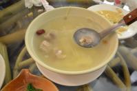 關子嶺竹香園の排骨生姜スープ130206