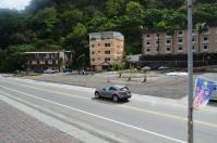 増水で倒壊したホテル跡はまだ更地130208
