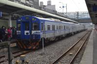 基隆車站にてEMU400系130214