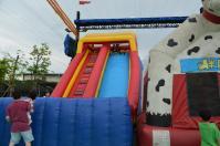 台北花卉村の大エアクッション滑り台で汗びっしょり130609