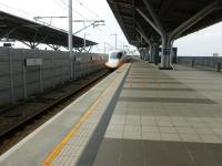 台湾新幹線台南駅にて130320