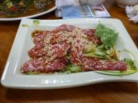 牛鍋涮牛肉の生牛肉(卵黄なし)130423