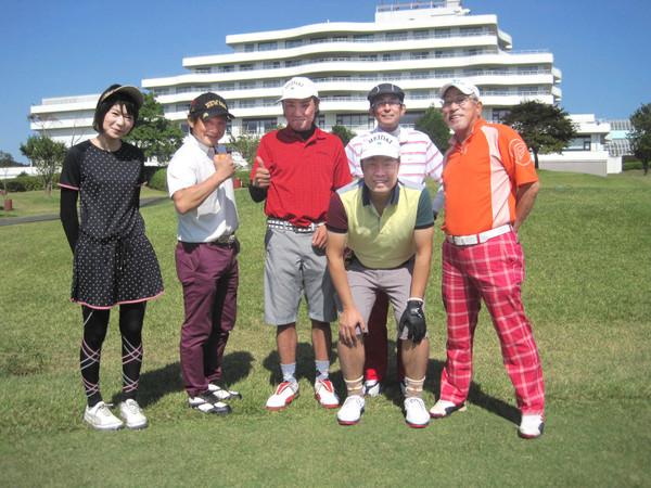 社員とゴルフに行ってきました
