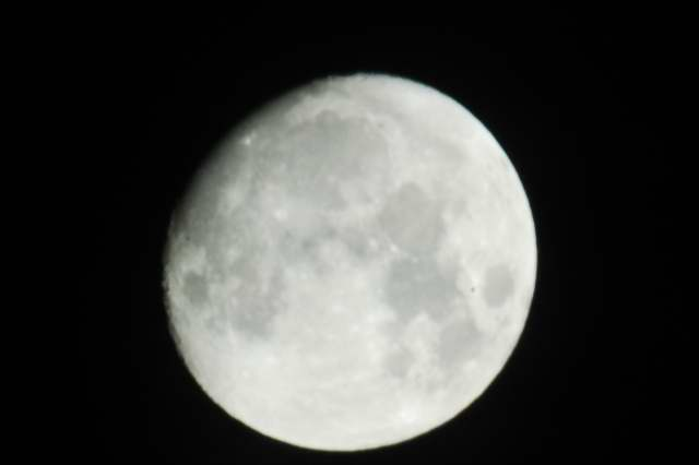 moon0001_5.JPG
