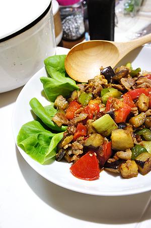 茄子と色野菜のオイスター炒め
