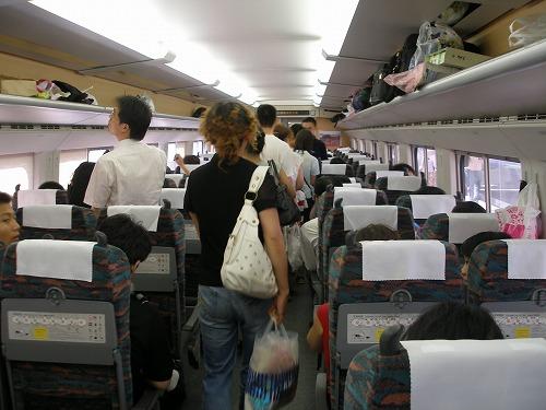 07081802新幹線車内