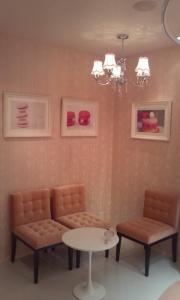 ♪ピンクのソファー・壁紙♪
