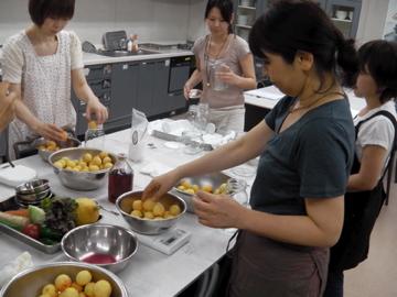ローフード料理室1
