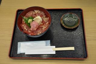 2011年10月6日 A-FACTORY 鮨 いっぱち マグロ漬け丼