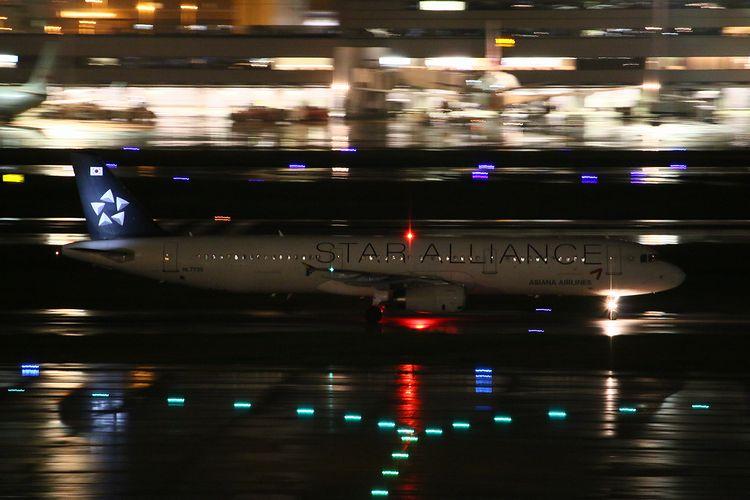 1409羽田空港③ (130)FC2