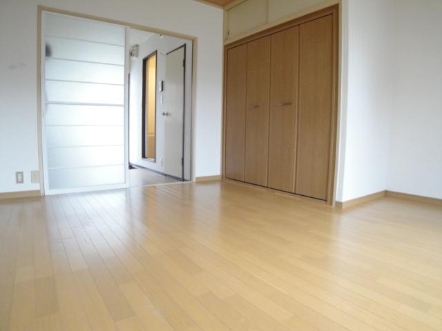 シャンポール姪浜Ⅱ洋室