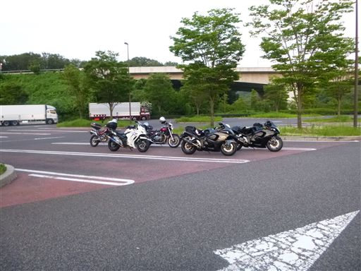 201372130_R.jpg