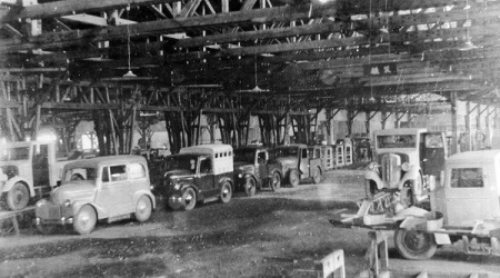 昔の自動車工場