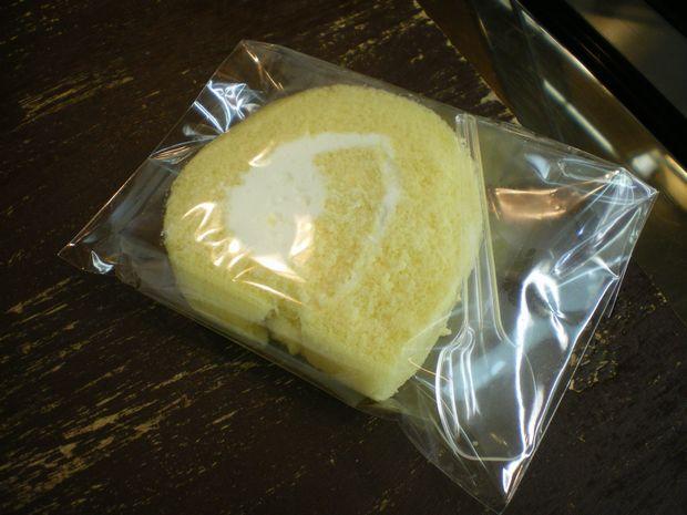 特製ロールケーキ・カットサイズを購入♪