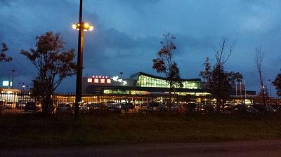 夜の釧路空港
