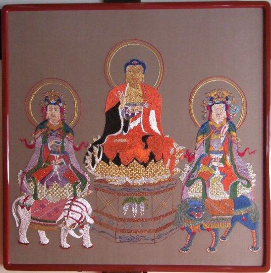 刺繍釈迦三尊図