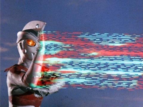 ウルトラマンエースのメタリウム光線②