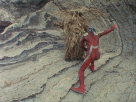 ウルトラセブンがウーを倒して終了!