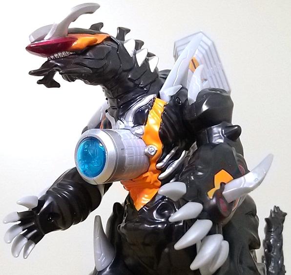 ウルトラ怪獣DX 超変形!DXビクトルギエル12