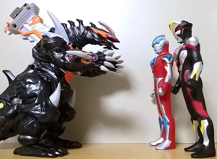 ウルトラ怪獣DX 超変形!DXビクトルギエル13
