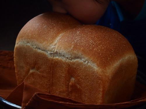 いちご食パン1の2