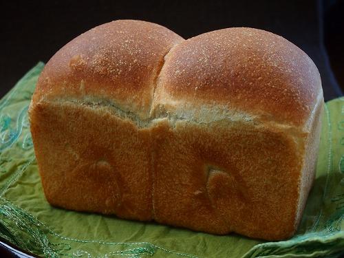 いちご食パン3の1