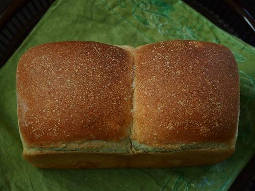 いちご食パン3の4
