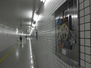 地下のギャラリー。