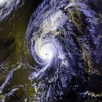 200px-Hurricane_Iniki_11_sept_1992_2358Z.jpeg