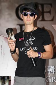 singtao__2011082321142970554.jpg
