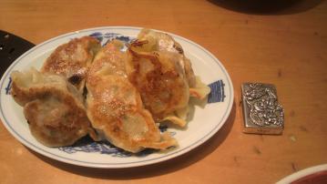 大山チョモランマ ジャンボ餃子