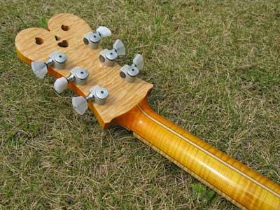 メイプルギター