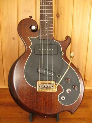 漆塗りギター