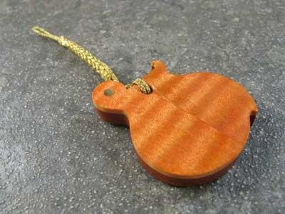 ギター根付