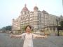 タージマハルホテル前