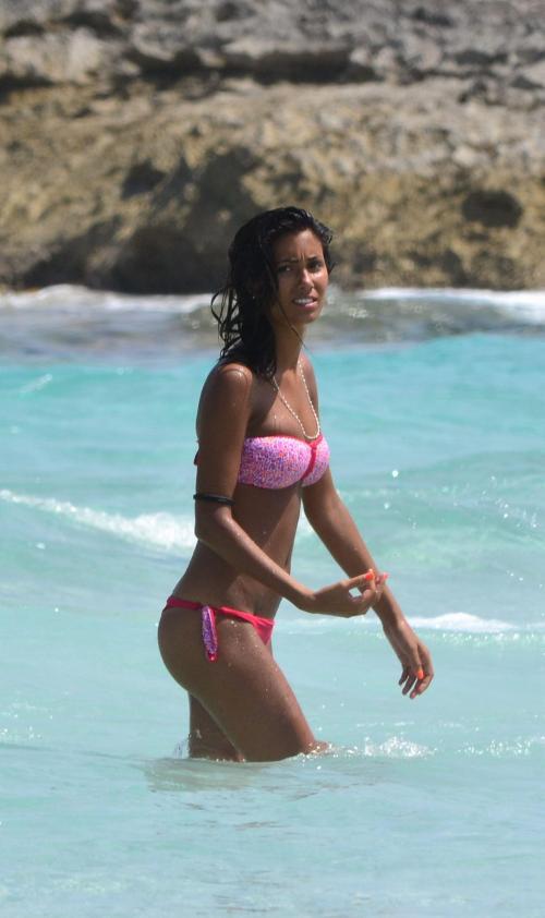 Federica Nargi - bikini candids in Formentera003