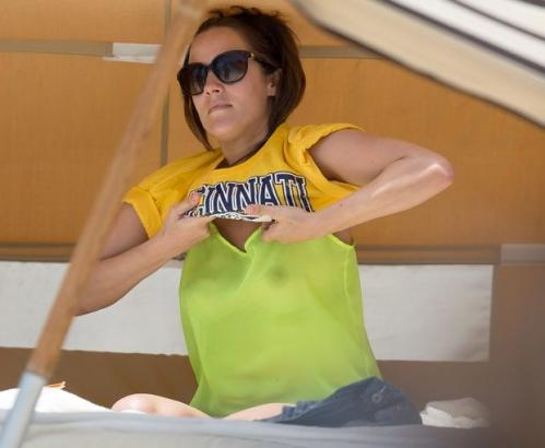 Caroline Flack at the beach in Miami 003
