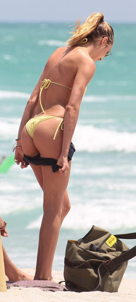 Candice Swanepoel - wearing a bikini on the beach in Miami (2)