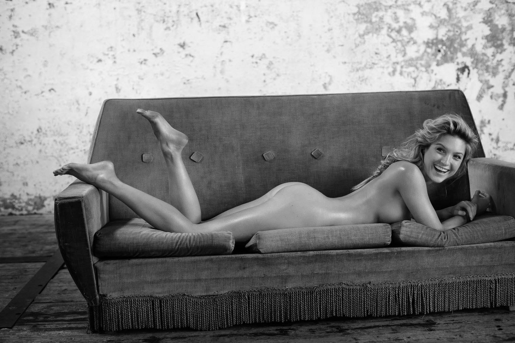 Nude Danielle Vedovelli