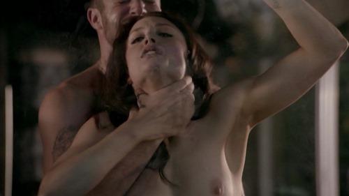 Leah Gibson - Rogue s01e03 003