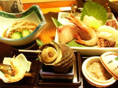 旅館つつ井夕食2