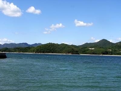 ドルチェ前の海