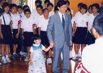 2004年7月28日 東宮御所にて第43次本土派遣沖縄豆記者