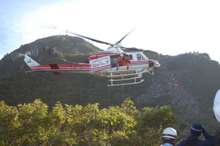 3ヘリ救助10