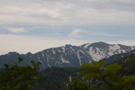 122飯豊本山