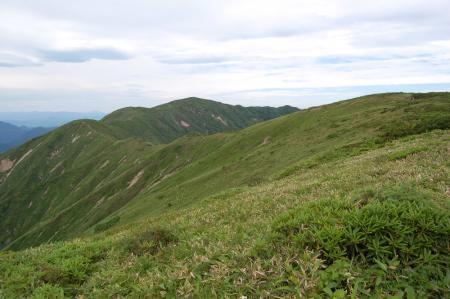 19三倉山への尾根