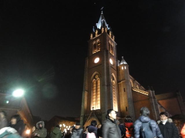 2013年12月24日 明洞聖堂建物