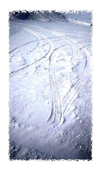 ハートのタイヤ跡